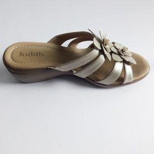 Judith slip-ons